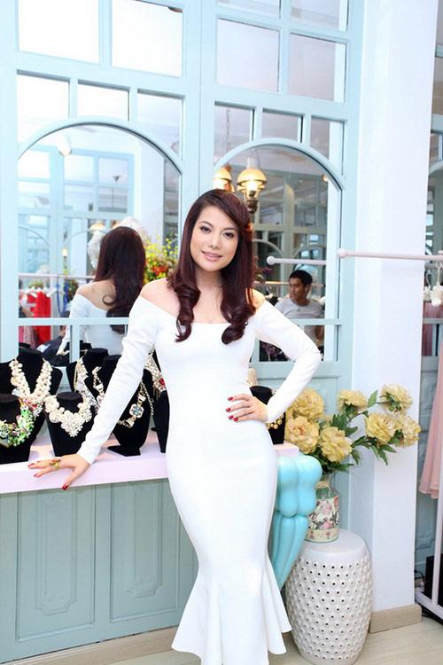 ly nha ky 'lan luot' mai phuong thuy - 17