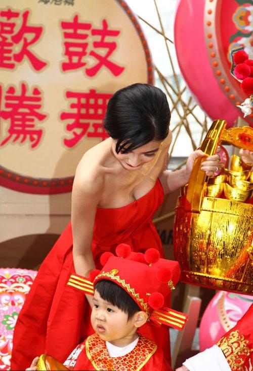 angelababy lo vet 'cuong' dao keo - 15