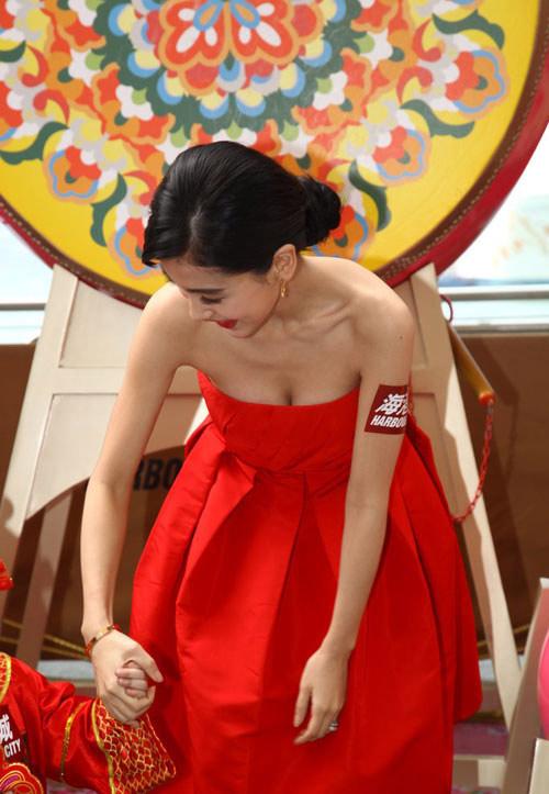 angelababy lo vet 'cuong' dao keo - 16