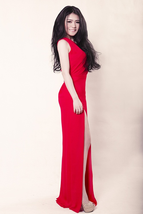 """lo dien """"nguoi em song sinh"""" cua hh thuy dung - 10"""