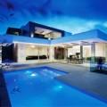 Nhà đẹp - Dinh thự trắng, xanh sâu hút tựa đại dương