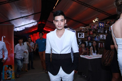 lam chi khanh, huong giang idol than thiet bat ngo - 15