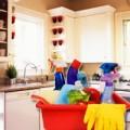 """Nhà đẹp - Mẹo làm sạch tủ bếp trong """"nháy mắt"""""""