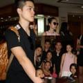 Làng sao - Linh Nga đưa em trai hot boy đi lưu diễn