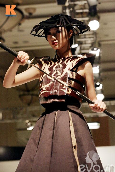 "tra my thanh ""chien binh samurai "" - 2"