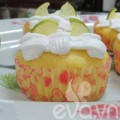 Tập làm cupcake bơ chanh