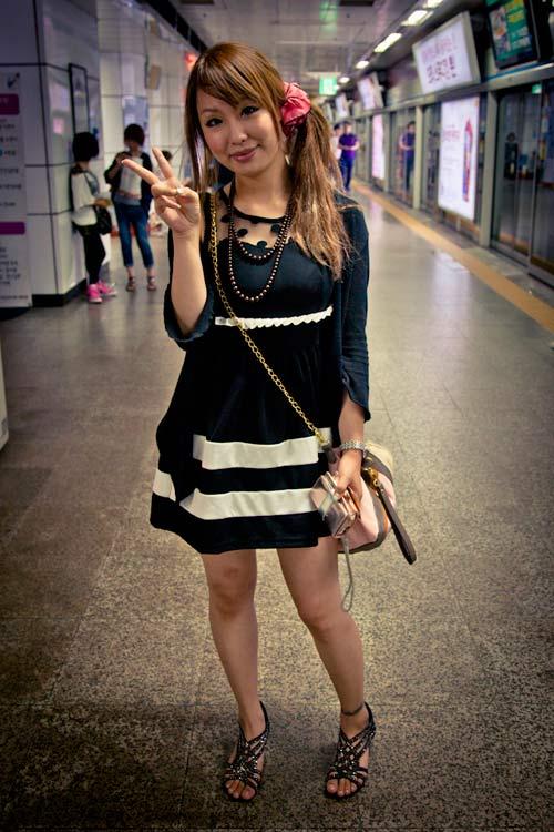 street style an tuong cua pho thoi trang xu han - 13