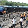 Tin tức - Ấn Độ: Tai nạn tàu hỏa thảm khốc, 35 người thiệt mạng
