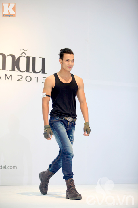 gap hot boy khien thanh hang 'xieu long' - 5