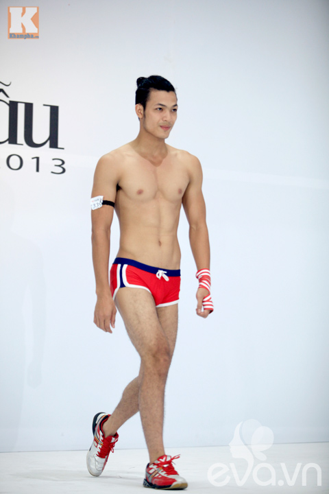 gap hot boy khien thanh hang 'xieu long' - 6