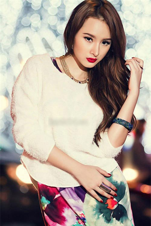 angela phuong trinh xin loi ve trang phuc phan cam - 3