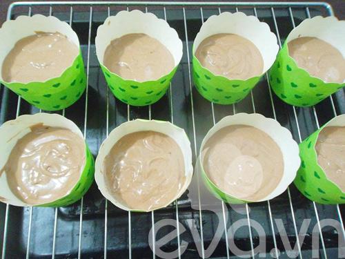 banh cupcake so co la thom ngon - 6
