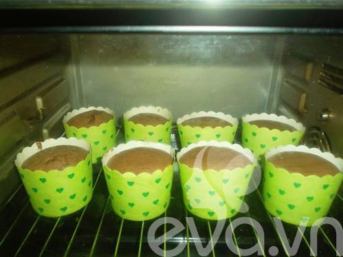 banh cupcake so co la thom ngon - 7