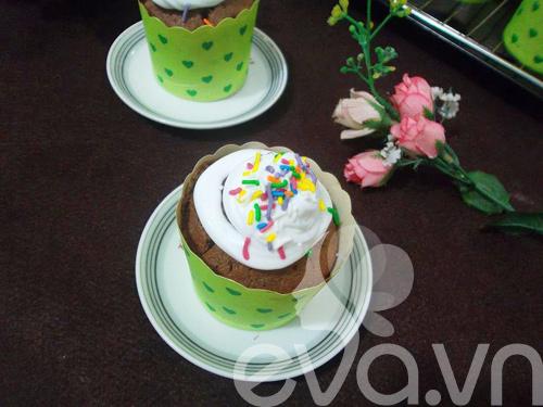banh cupcake so co la thom ngon - 9