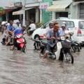 Tin tức - Lương GĐ thoát nước gấp 20 lần Chủ tịch TP