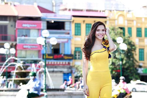 hh dieu han khoe dang giua pho phuong thu do - 3