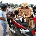 Tin tức - Lại đề nghị phạt xe không sang tên đổi chủ