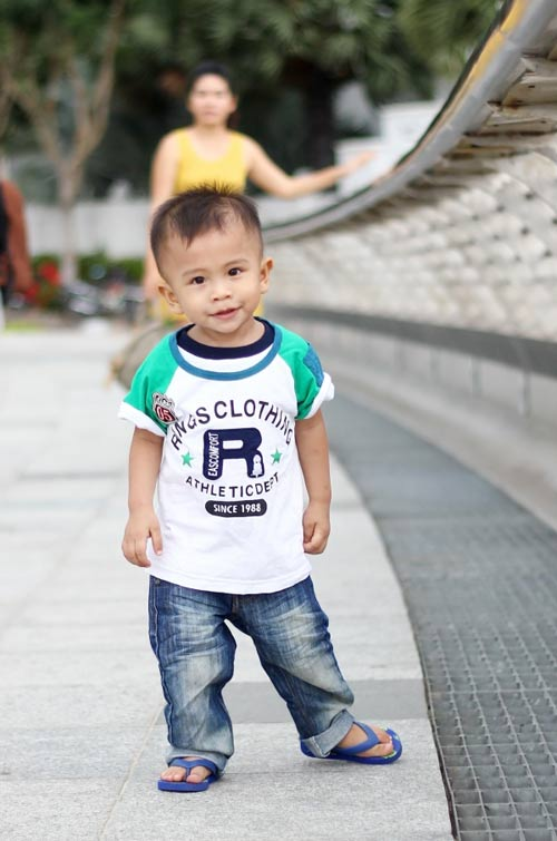 sieu mau nhi: anh chang quoc khanh chung chac - 3