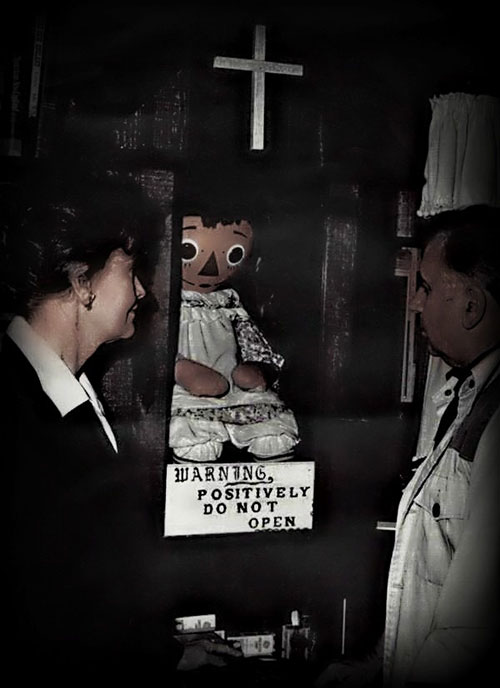 hai hung bup be annabelle trong the conjuring - 2