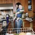 Làm mẹ - Ở nhà chăm con: dại lắm!