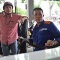 Tin tức - Vì sao giá xăng dầu chưa tăng?