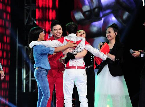 song tu lam nguoi hung liveshow 1 ghv - 20