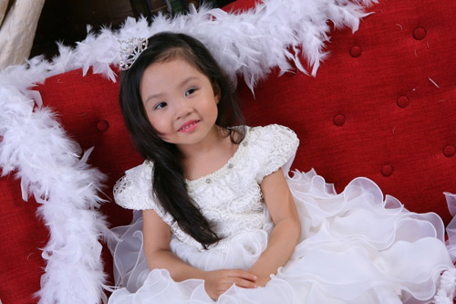 sieu mau nhi: thien than xinh dep phuong vy - 4