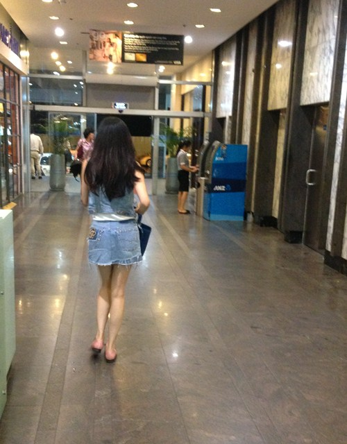 """phuong nguyen """"cuoi"""" xe 5 ty di mua sam - 9"""