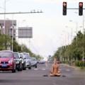 Tin tức - Trai đẹp... khỏa thân ngồi thiền giữa đường