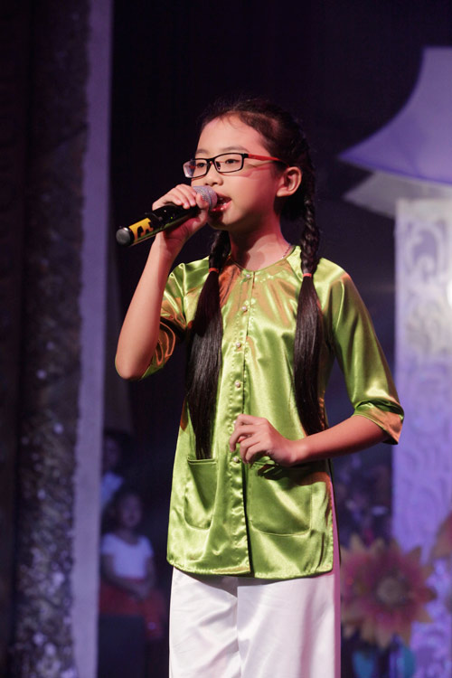 theo chan phuong my chi di dien cung quang anh - 3