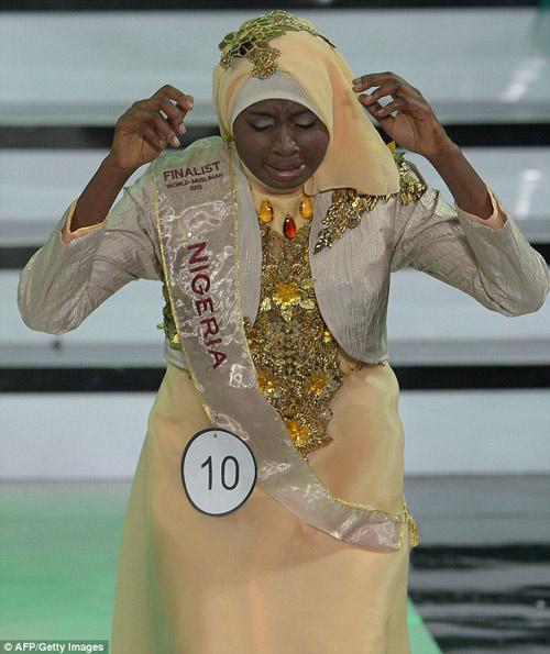nguoi dep nigeria dang quang hoa hau hoi giao 2013 - 3
