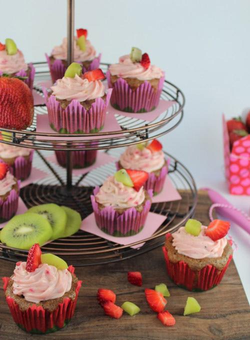 cupcake dau tay kiwi de lam - 11