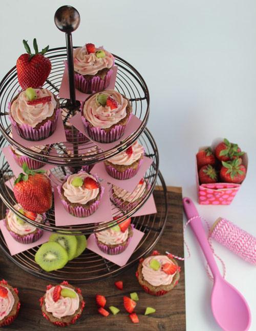 cupcake dau tay kiwi de lam - 14