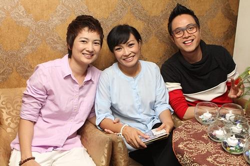 phuong thanh dien ao ba ba chuc mung nam cuong - 10