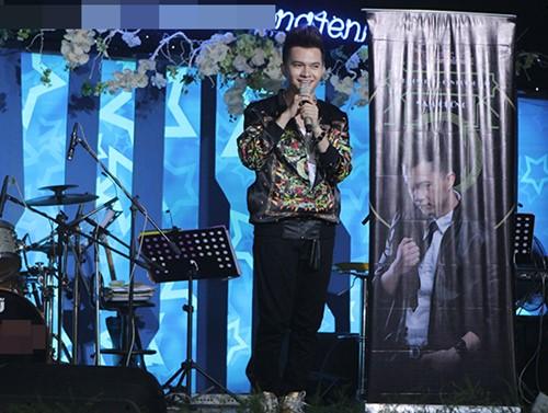 phuong thanh dien ao ba ba chuc mung nam cuong - 12