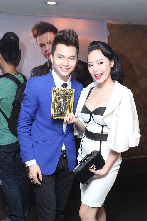 phuong thanh dien ao ba ba chuc mung nam cuong - 11