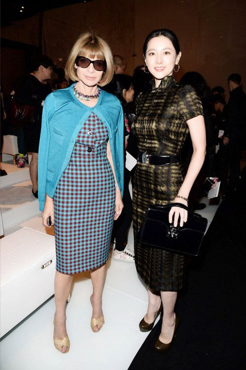 lee young ae than thien ben tbt vogue - 7