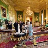 Gia đình Hoàng tử Anh chuyển về nhà mới - 12
