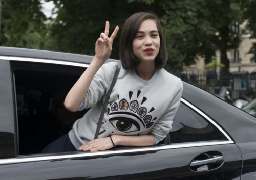 Họa tiết con mắt của Kenzo 'gây sốt' - 8
