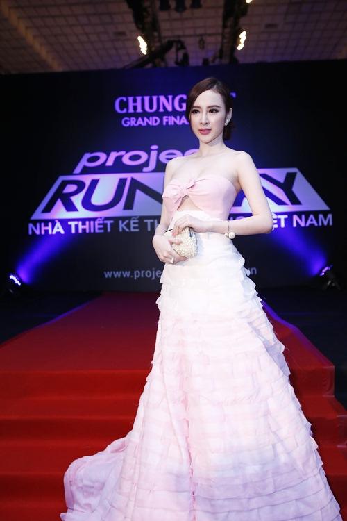 angela phuong trinh toa sang giua dan my nhan vbiz - 2