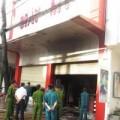 Tin tức - Cháy tiệm giày, 3 người chết: Oan nghiệt vì cửa cuốn