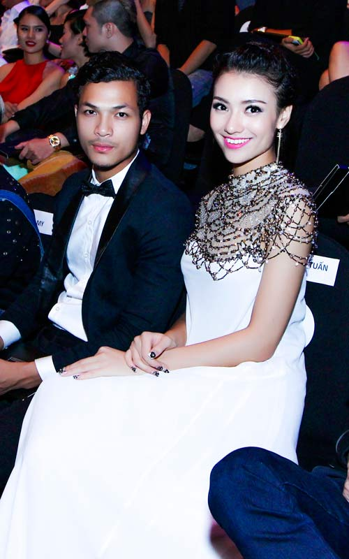 hong que sanh doi cung a quan next top model - 11