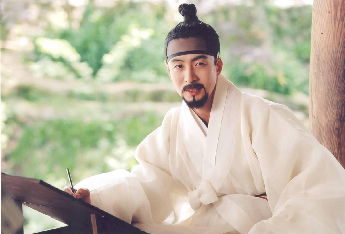 bae yong joon – tu hoang tu den ga so khanh - 7