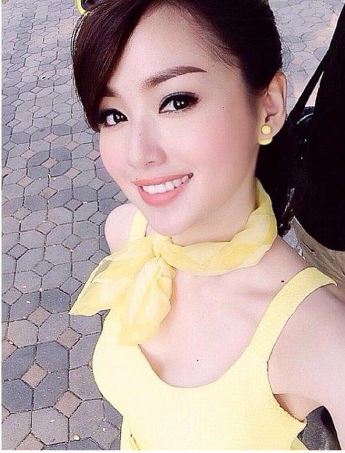 """hot: tam tit lan dau len tieng giua """"bao"""" scandal - 3"""