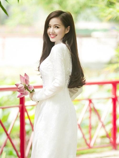 """hot: tam tit lan dau len tieng giua """"bao"""" scandal - 4"""