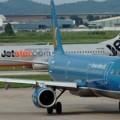 Tin tức - Máy bay VNA và Jetstar suýt va chạm trên đường băng