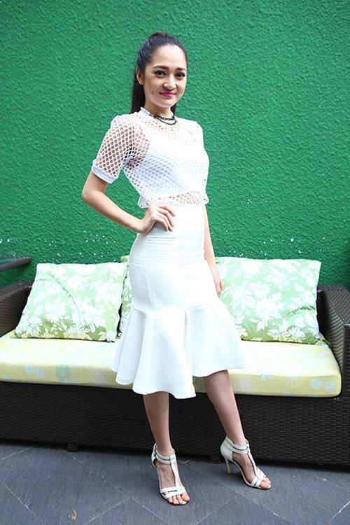 bao anh quyen ru voi xu huong 'white on white' - 4