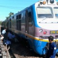 Tin tức - Một phụ nữ thoát chết hy hữu dưới gầm tàu hỏa