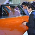 Mua sắm - Giá cả - Ô tô nhập khẩu áp đảo thị trường