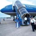 3.000 khách Vietnam Airlines bị ảnh hưởng vì bão số 2